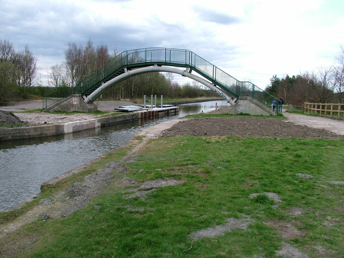 Lingard's footbridge (Bridge 59)
