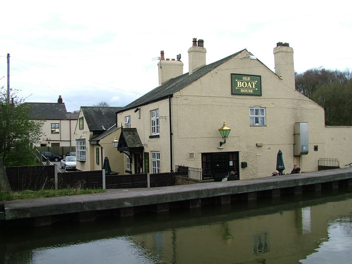 Old Boat House pub at Astley Green