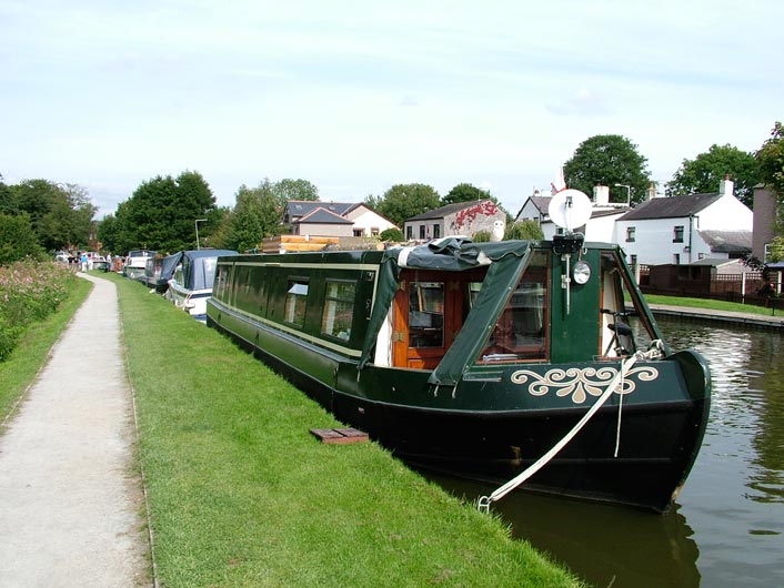 Boats moored at Bilsborrow