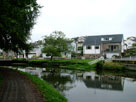 More nice houses by the canal